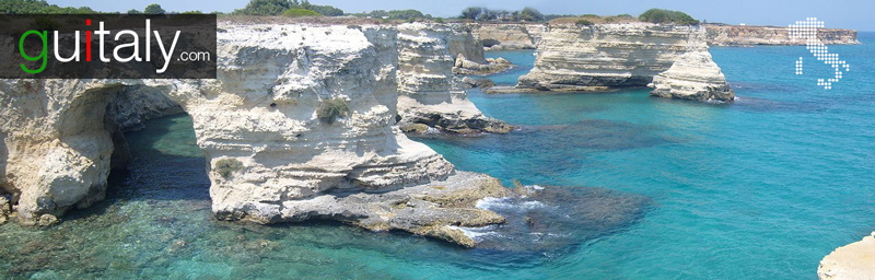 Melendugno - Torre Sant'Andrea beach in Italy - Plage en italie